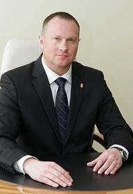 Первый заместитель главы города — руководитель департамента городского хозяйства Титенков Игорь Петрович