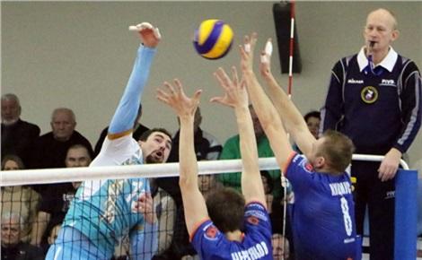 Волейбол: «Енисей» – «Локомотив» (Новосибирск)