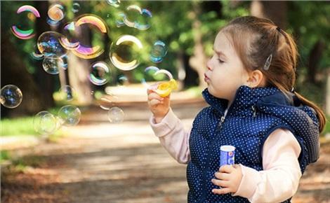 Праздник мыльных пузырей и ярмарка игрушек ручной работы