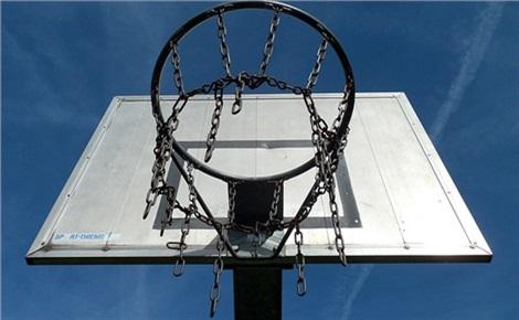Баскетбольная площадка ТРЦ «Планета»