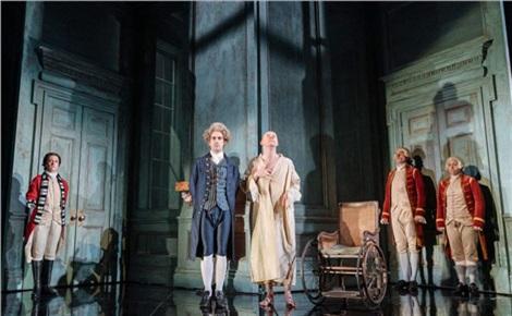 TheatreHD: Безумие Георга III