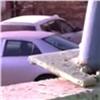 Красноярцы пожаловались наопасную подпорную стенку наул. Воронова (видео)