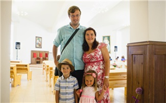 Олег Юстус: «Очередь наусыновление маленьких детей— это очень хорошо»