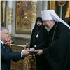 Красноярский митрополит вручил медали мэру идепутатам