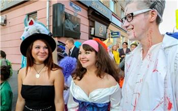 Фоторепортаж: Парад кинодвойников в Красноярске