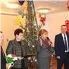 Депутаты городского Совета подарили праздник красноярскому детскому дому «Самоцветы»