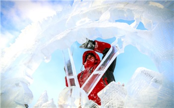 Фоторепортаж: Волшебный лёд Сибири