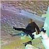Опубликовано видео разрушения краснояркой снежной скульптуры нанабережной