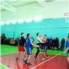 Тувинские министры сыграли вбаскетбол взавершенном 30-летнем долгострое