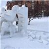 Нанабережной Красноярска начали разрушаться снежно-ледовые скульптуры
