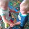 ВКрасноярске родители пожаловались на«пнувшую» ребенка воспитателя детсада (видео)