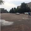 Полицейские проверят площадь БКЗ после жалоб автомобилистов назакрытый выезд