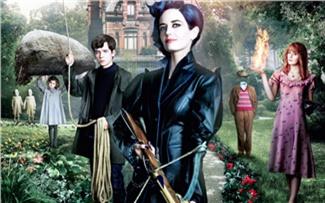 Кино: «Дом странных детей мисс Перегрин»