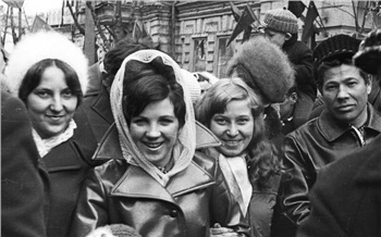 «Улицы красны откумача!»: как красноярцы надемонстрации ходили