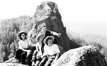 Фотоистория: Как красноярцы ходили наСтолбы в50-х