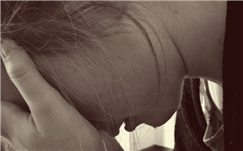 Послеродовая депрессия: что это икак сней бороться?