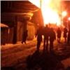 Вкрасноярской Покровке спасли хозяина горящего дома (видео)