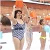 Красноярские моржата провели «праздничное обливание» (видео)