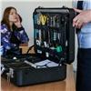 Эксперт-криминалист показала красноярским студентам содержимое своего чемоданчика
