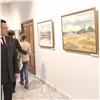 Мэр поздравил красноярского художника соткрытием выставки июбилеем