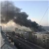 Страшный столб черного дыма отпожара вСеверо-Западном поднялся над Красноярском