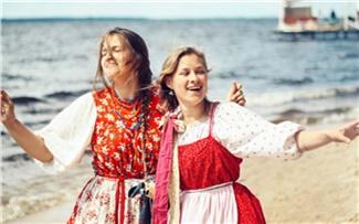 «Город фонтанов, артистов иразных аферистов»: лучшие песни оКрасноярске