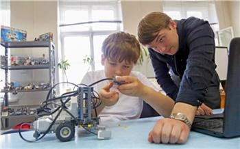 Протез для брата и робот-сумоист: как устроена Станция юных техников №1