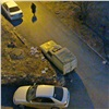 «Свалка наколесах»: жители дома наШевченко недовольны собирающим хлам соседом