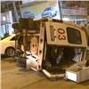 Иномарка опрокинула скорую спациентом наКопылова (видео)