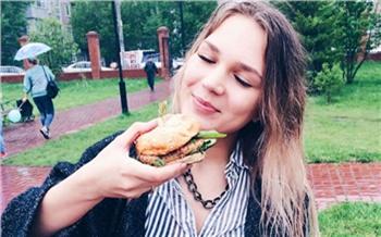«Жарим мясо под дождём»: хроники Рестодэя на Каменке