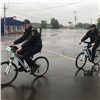 Первый вРоссии полицейский велопатруль заступил надежурство вКрасноярске (видео)