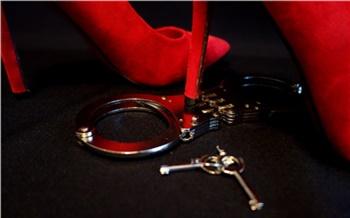 Скандалы недели: БДСМ иобманутые дольщики