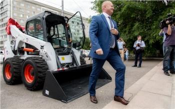 Фоторепортаж: Большие помощники для улиц Красноярска