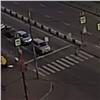 Всоцсети появилось видео столкновения автоледи иторопливой бабушки (видео)
