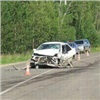 Под Красноярском автомобиль сдвумя пенсионерами улетел вкювет