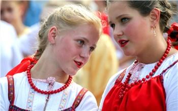 Августовская ярмарка: Надежда Бабкина, уха истарый город