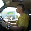 «Приветствовал полицейских улыбкой»: ездивший без прав блогер назвал себя образцовым водителем