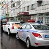 «Свадьба— неповод нарушать закон»: сотрудники ГИБДД начали дежурить около ЗАГСов