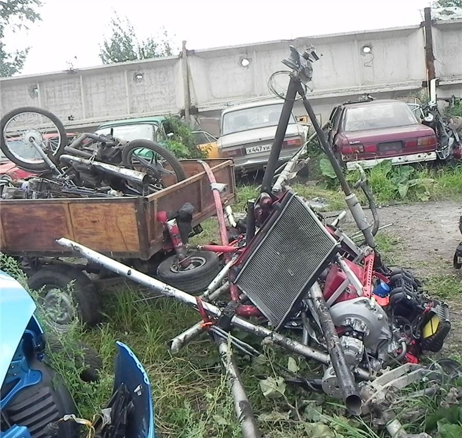 Пилот дельтаплана умер при крушении вКрасноярском крае