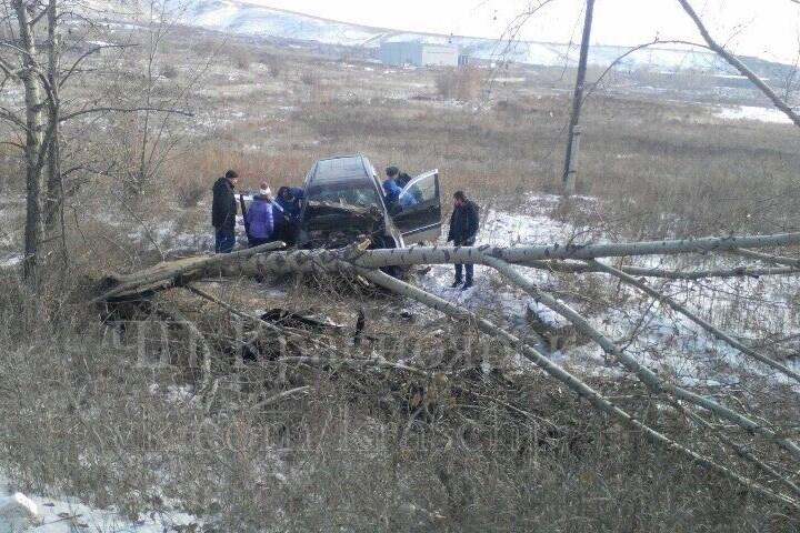 ДТП сперевертышем наЕнисейском тракте: пострадали два красноярца