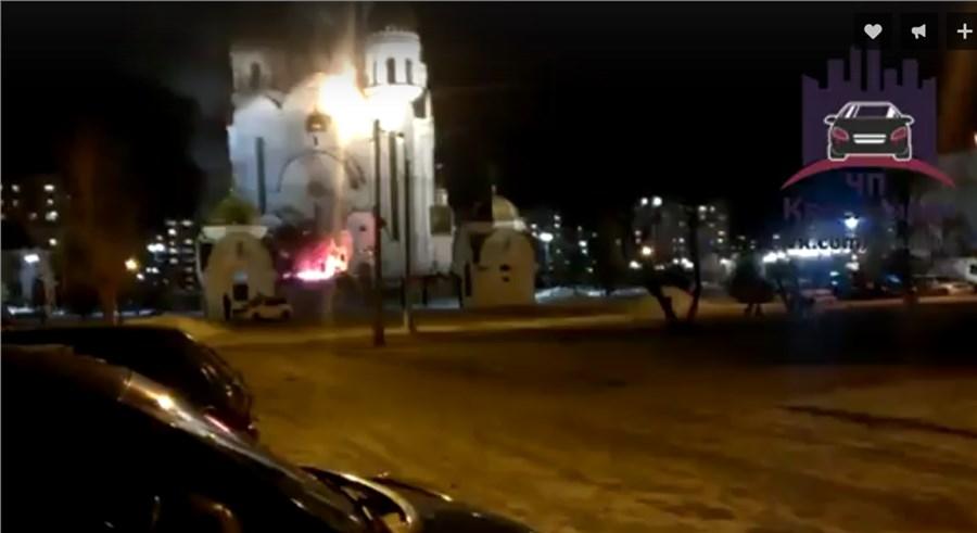 Мужчина пытался сжечь храм Рождества Христова вКрасноярске