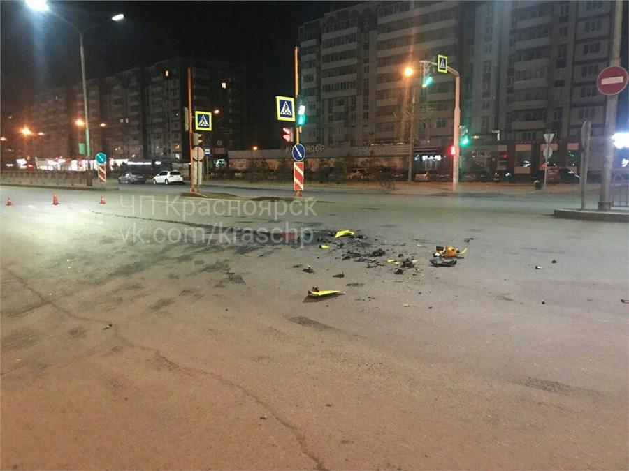 Мотоциклист разбился оповорачивающую «Хонду» наМолокова