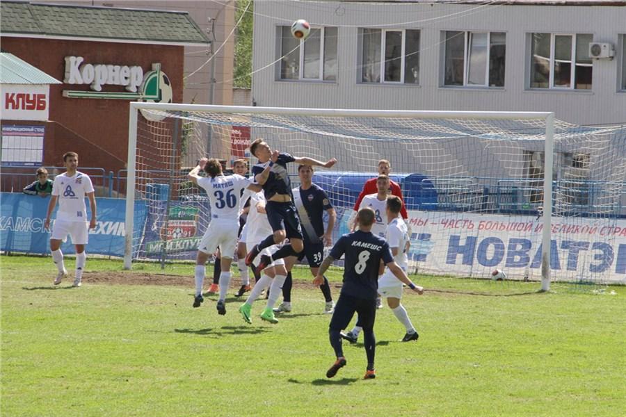 Футболисты «Енисея» впервый раз вистории стали бронзовыми призерами ФНЛ