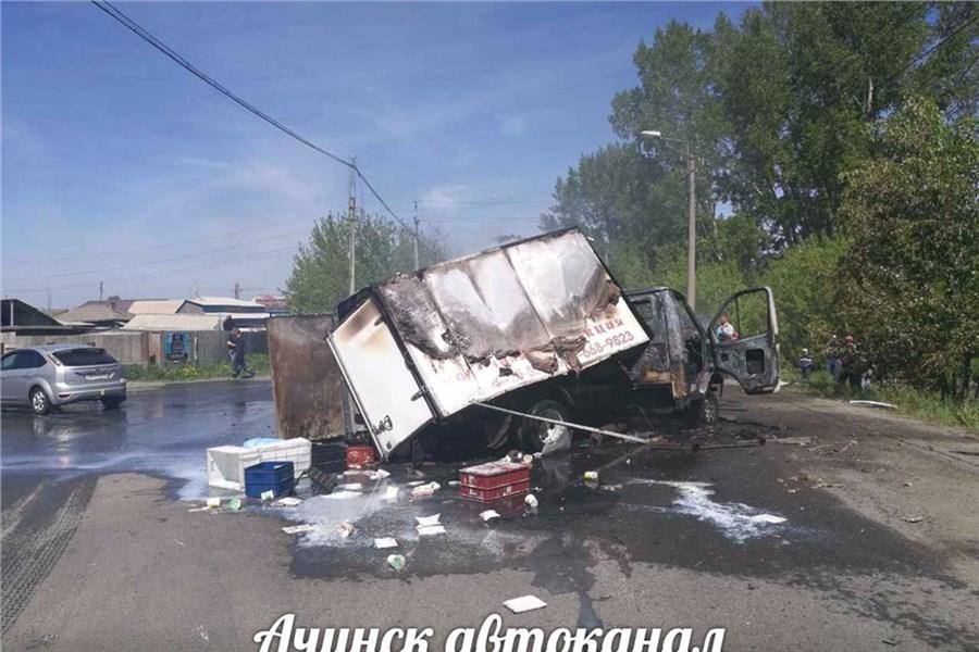 ВКрасноярском крае после ДТП взорвались изагорелись два автомобиля: есть пострадавшие