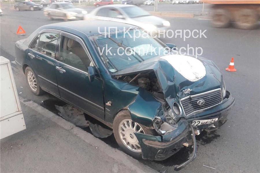 ВКрасноярске из-за ДТП пострадали 4 человека