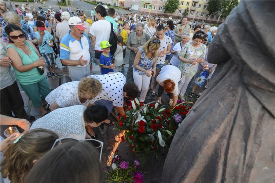 Граждане Локомотивного поддержали акцию «Свеча памяти»