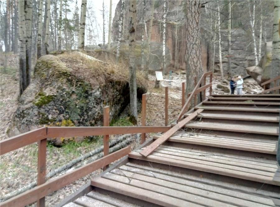 Вкрасноярском заповеднике «Столбы» четверо туристов пострадали из-за гололеда