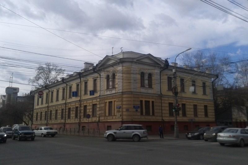 Исторические здания клиники вцентре Красноярска проданы вчастные руки