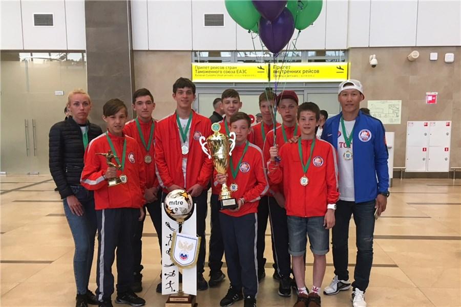Красноярский «Тотем» стал чемпионом РФ иотправится вЛондон к«Арсеналу»