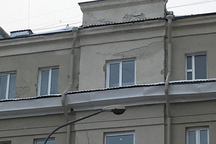 Покраска фасада частного дома своими руками